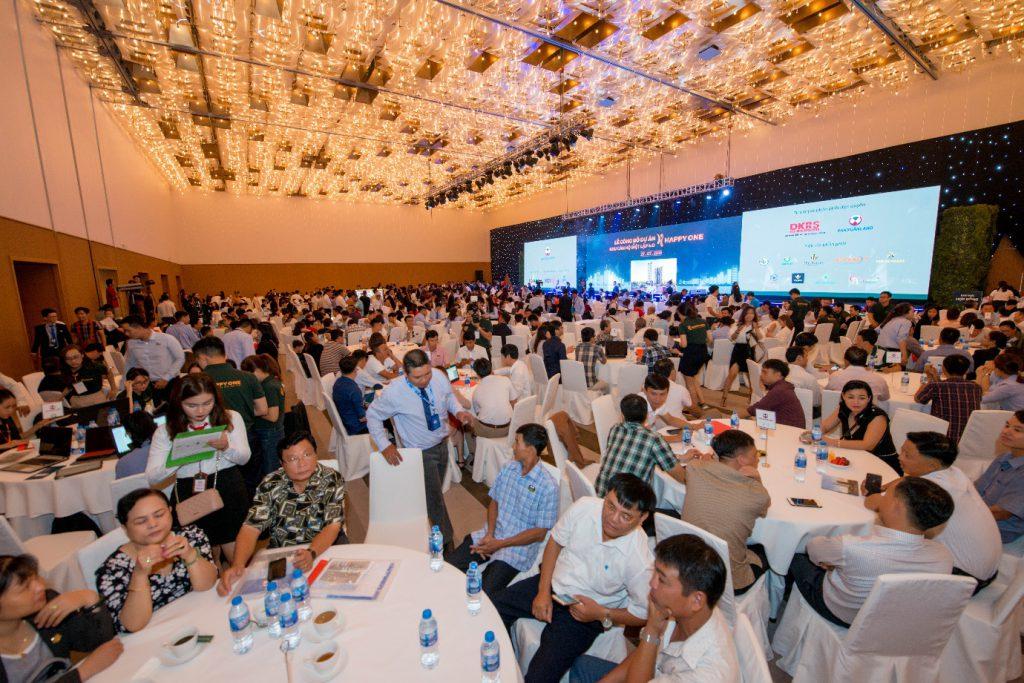 Hơn 1.000 khách hàng tham dự và đa số khách hàng đều hài lòng về việc chọn Happy One làm nơi an cư và đầu tư sinh lợi